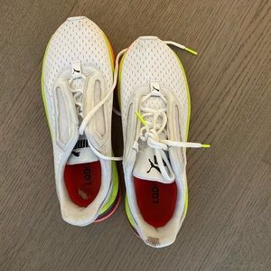 LQDCELL puma sneakers